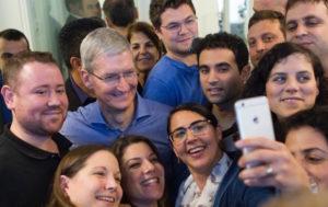 Tim Cook forstjóri Apple
